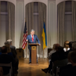 Порошенко офіційно попросив ООН ввести миротворців на Донбас