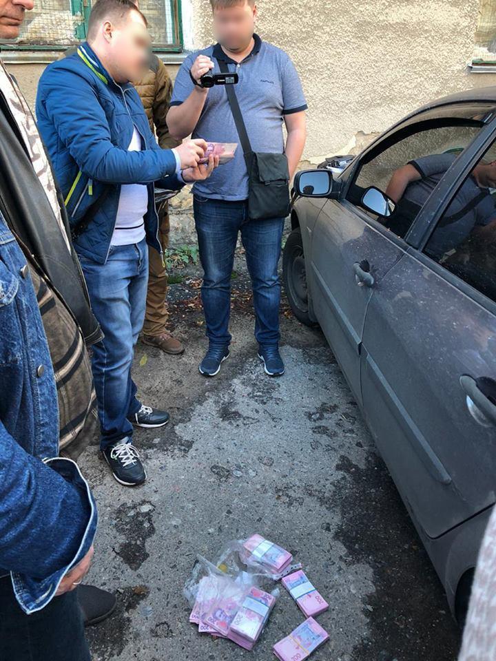 Начальника одного из отделений полиции на Донетчине поймали на взятке (ОБНОВЛЕНО)