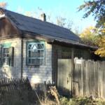 Руины, мародерство и полная удаленность от жизни. Как живет оккупированное село на Луганщине (ВИДЕО)