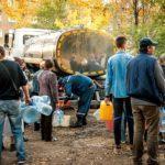 Жители Торецка сидят без воды уже 4 день (график и адреса подвоза воды)