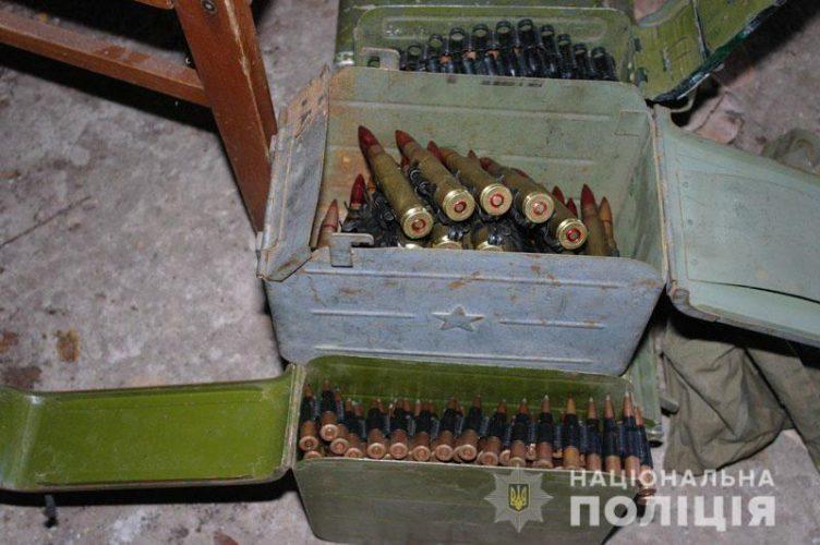 Нелегальний арсенал зброї - Бахмут