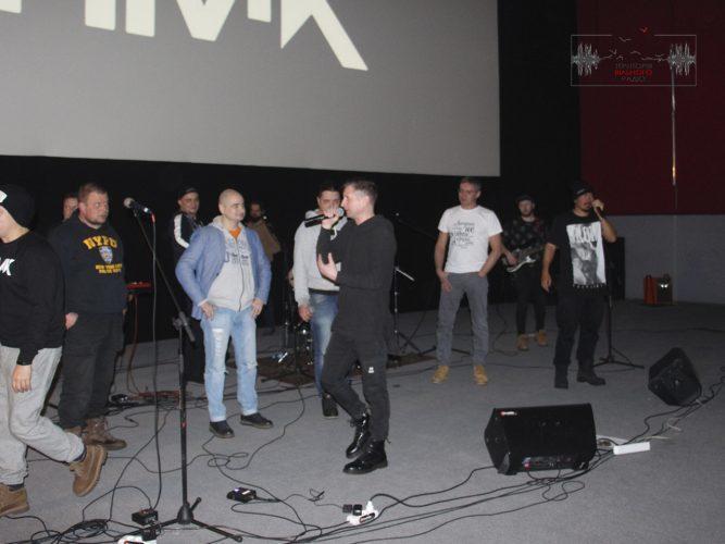 У Бахмуті зіграли свої пісні гурти ТНМК та Жадан і Собаки