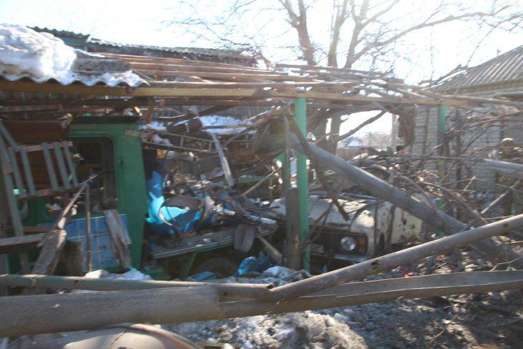 На Донеччині бойовики обстріляли Золоте та Новоолександрівку