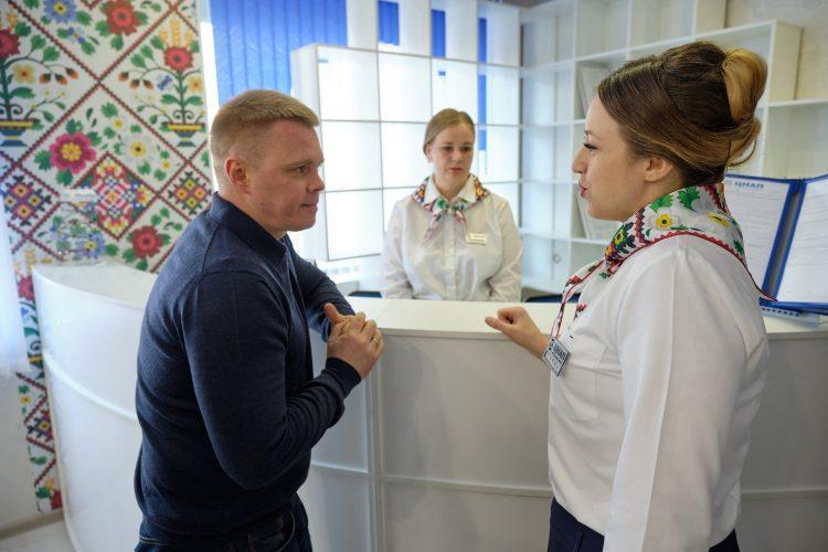 У Волновасі відкрили сучасний просторий ЦНАП (ФОТО)