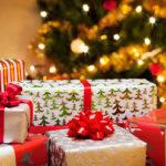 Волонтеры собирают новогодние подарки детям с Донбасса и ищут поддержки