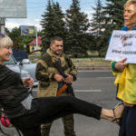 Волонтеров Донецкой области отметили на всеукраинском уровне