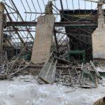 В оккупированной Горловке завалился цех машиностроительного завода. Один рабочий погиб (ФОТО)