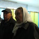 На Донеччині під час голосування на виборчій дільниці померла літня жінка