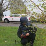 ДСНС перевіряє кладовища Донеччини на наявність мін та вибухонебезпечних предметів (ВІДЕО)