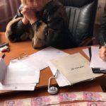 Співробітники СБУ Донеччини затримали на гарячому посадовицю, яка вимагала хабар