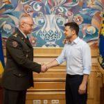 Зеленський звільнив Муженка з поста начальника Генштабу та призначив нову людину