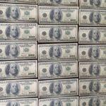 СБУ спіймала трьох мешканців Донеччини, які за фальшиві долари купували автомобілі (ФОТО)