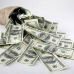 Благодійни шукають кому потрібні 10 тис дол на проекти взаємодії з владою або її контролю