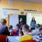В МОН дозволили залишати на 2 роки дітей, які не встигають освоїти шкільну програму