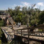 У Станиці Луганській починають ремонтувати зруйнований міст, – президент