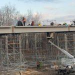 На Луганщині завершили підготовчі роботи з відновлення мосту в Станиці Луганській (ФОТО)
