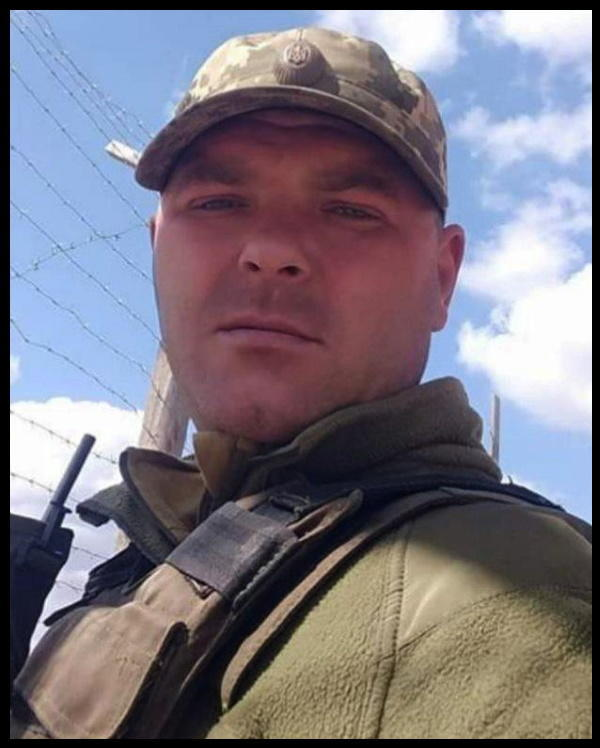 За жовтень бойовики вбили 9 українських військових. 6 з них — від снайперів (Список і біографії)