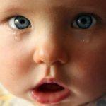 У Мирнограді малюк понад 2 тижні провів вдома з тяжкою травмою голови. Його матір перевіряє поліція