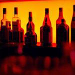 907 л запасу: На Донеччині суд оштрафував жінку, яка продавала підроблений алкоголь