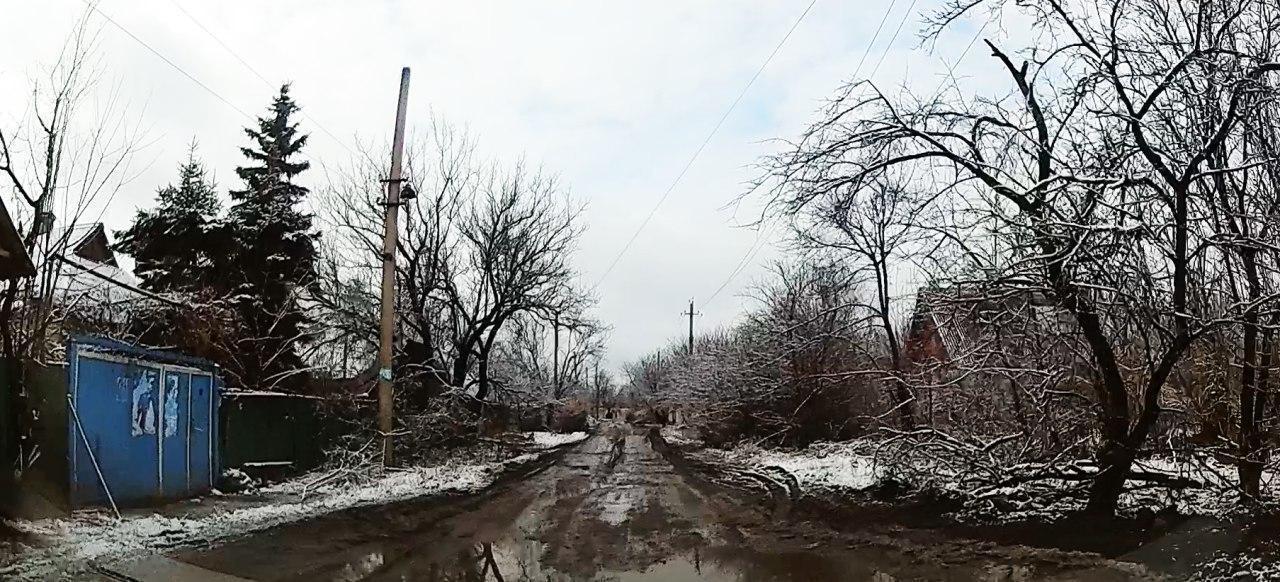 Улица в поселке Зайцево на Донетчине