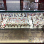 В Торецьку обікрали ювелірний магазин. Ймовірних грабіжників затримали  (фото)