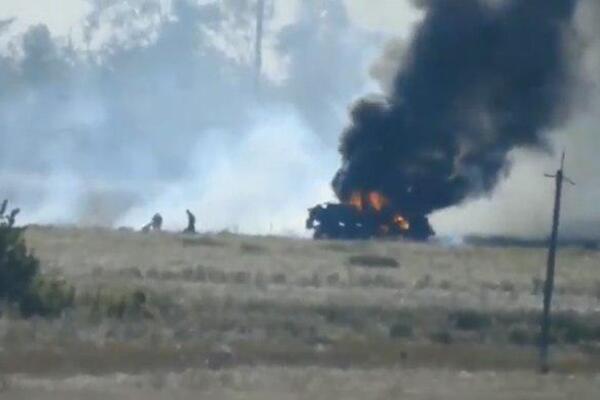 Пожежа, підрив техніки, загиблі військові та поранені цивільні: Як минули вихідні в ООС