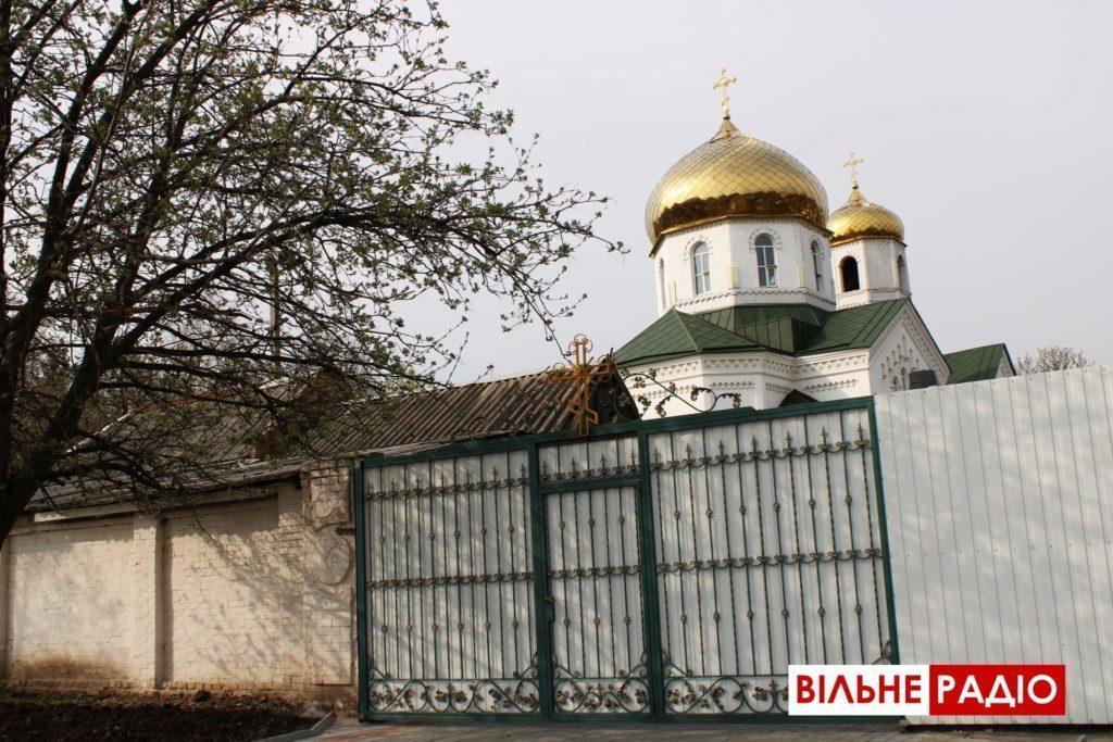 В Бахмут під час великодня церкви закрилися
