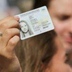 Підлітки тепер можуть одночасно оформити паспорт та ІНН в ЦНАПі