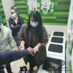 На Донеччині помічниця судді, яку спіймали на хабарі та відсторонили, оформила лікарняний
