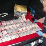 На Донеччині працівника ДПС та його колишнього колегу спіймали на вимаганні грошей з підприємця
