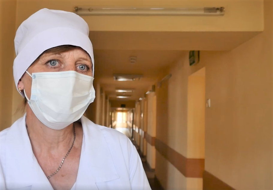 Где и как долго проходят обсервацию люди после пересечения украинского КПВВ (фото, видео)