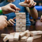 Не просто гра, а допомога. У Бахмуті запрошують пограти в настільні ігри заради благочинності