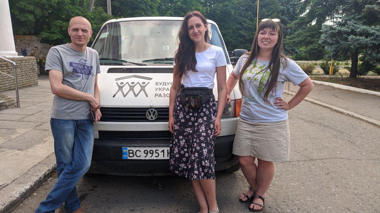 """Як волонтерський """"БУР"""" працюватиме на Донеччині, і чи можна ще долучитися (інтерв'ю)"""