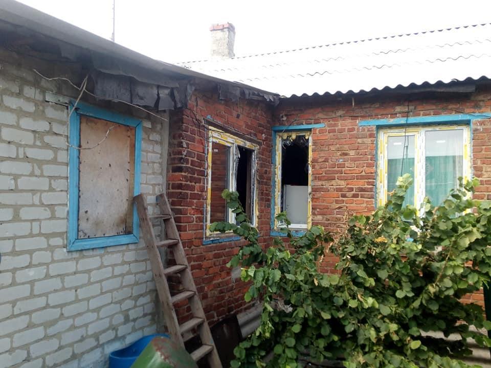 обстріляний будинок ООС Жованка Зайцеве