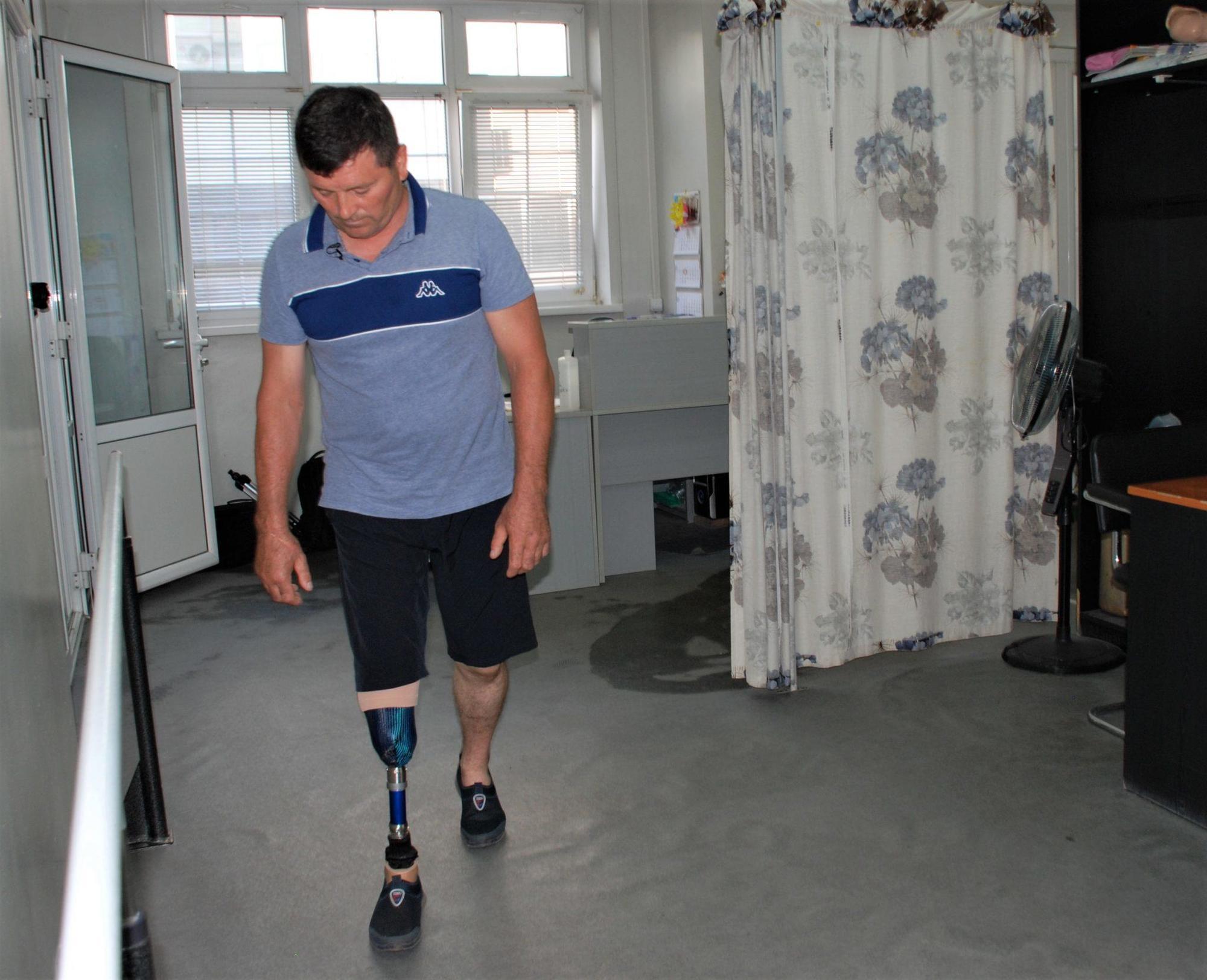 Олександр Небера протез ноги Ottobock