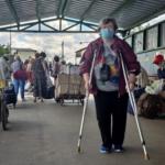"""КПВВ """"Станица Луганская"""" пересекают в день около 2 тыс человек, в том числе абитуриенты"""