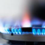 Комунальний парадокс: В Україні зросте ціна на газ, а опалення подешевшає