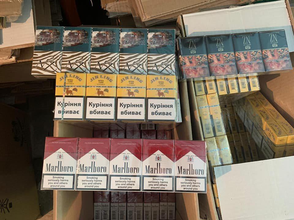 контрабандні цигарки Донеччина