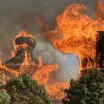 На Донеччині згорів Петропавлівський собор (ФОТО, ВІДЕО. ОНОВЛЕНО)