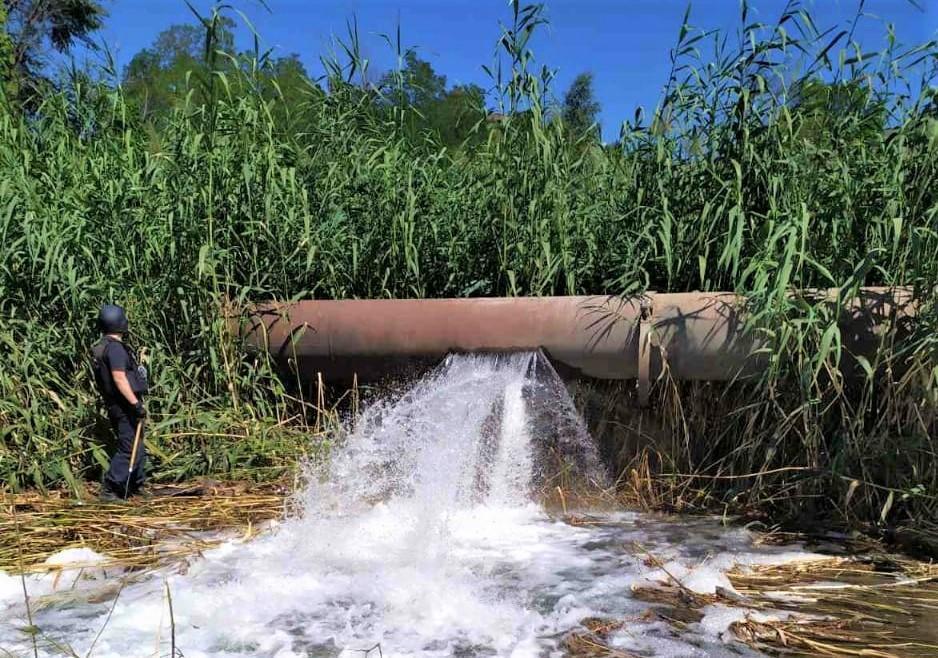 Вода Донбасу труба порив втрати питної води