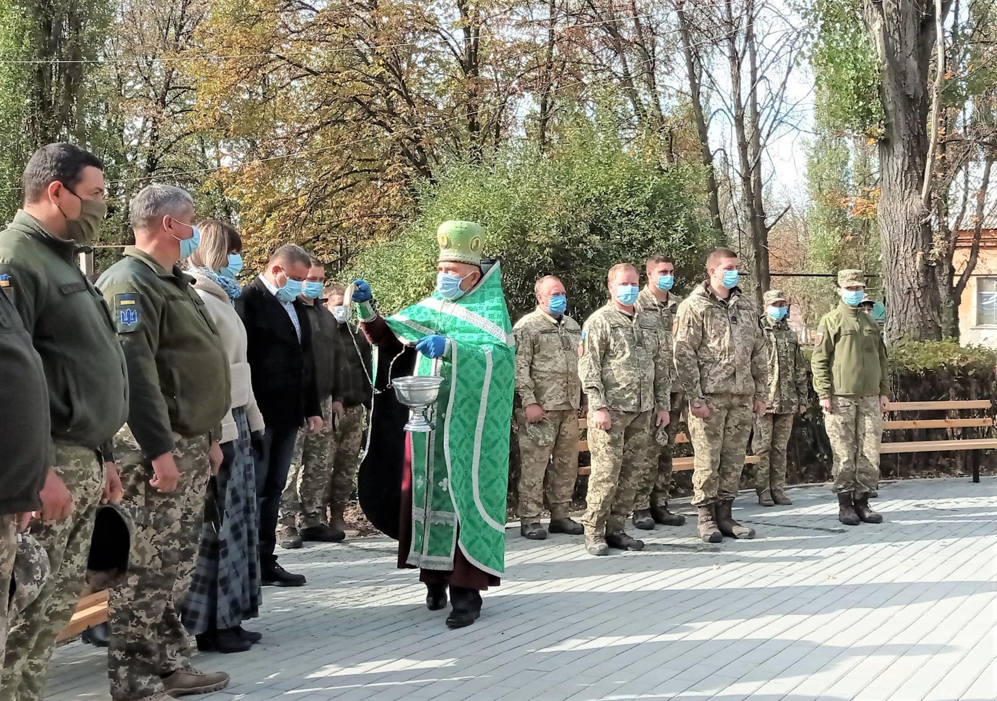 священник УПЦ КП військові медики освящення