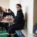 """Потрібні продукти, посуд та """"вільні руки"""": як допомогти погорільцям Луганщини"""