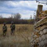 Доба на Донбасі: снайпер бойовиків знову стріляв в бік ЗСУ. Українські військові дали відсіч