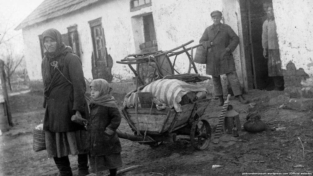 розкуркулена родина Голодомор українські селяни