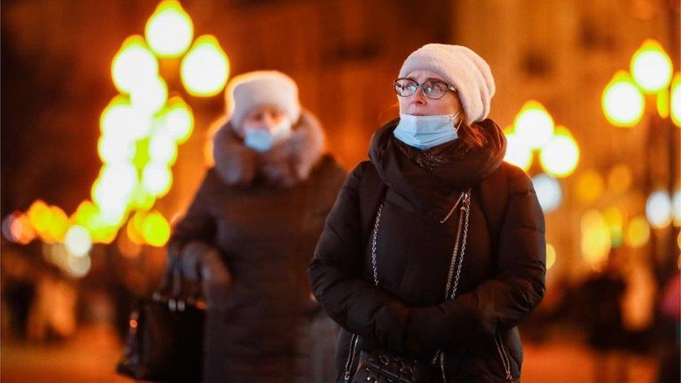 З 19 грудня в Україні почали діяти нові карантинні обмеження