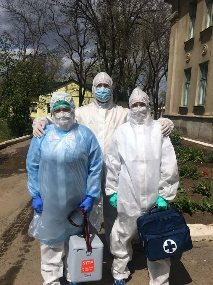 Володимир Кутузов ПЦУ священник мобільна бригада коронавірус захисний костюм