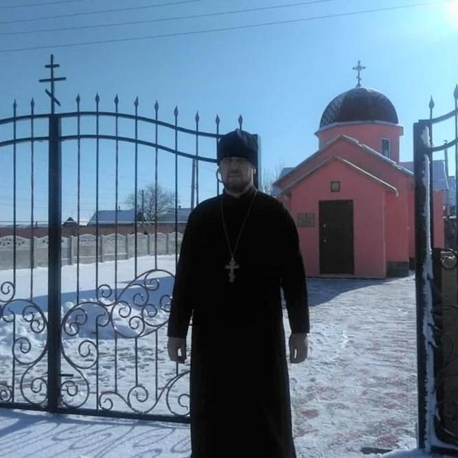 християнська церква храм ПЦУ Володимир Кутузов