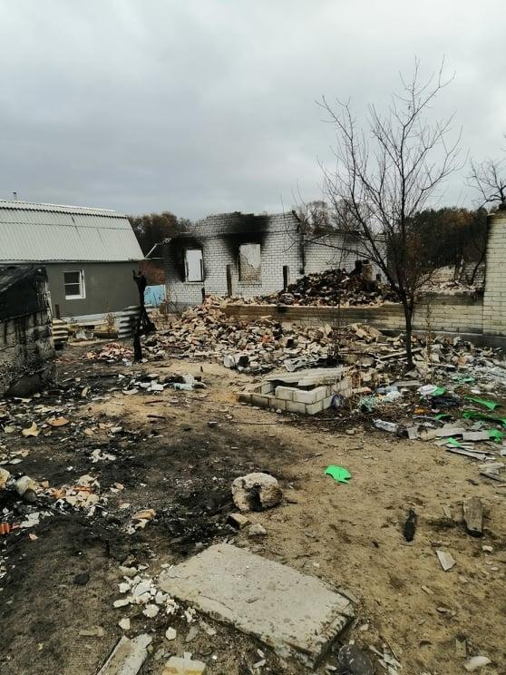 пожарище сгоревшие дома Луганская область