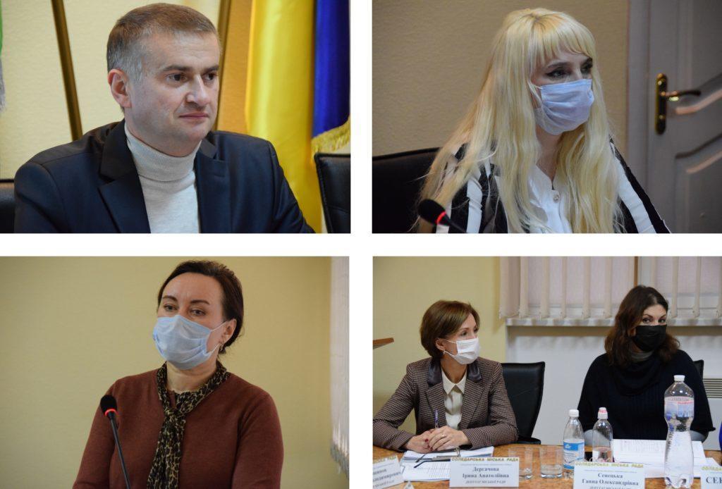 Депутаты Соледарского городского совета на заседании в масках, а мэр Евгений Пластун - без