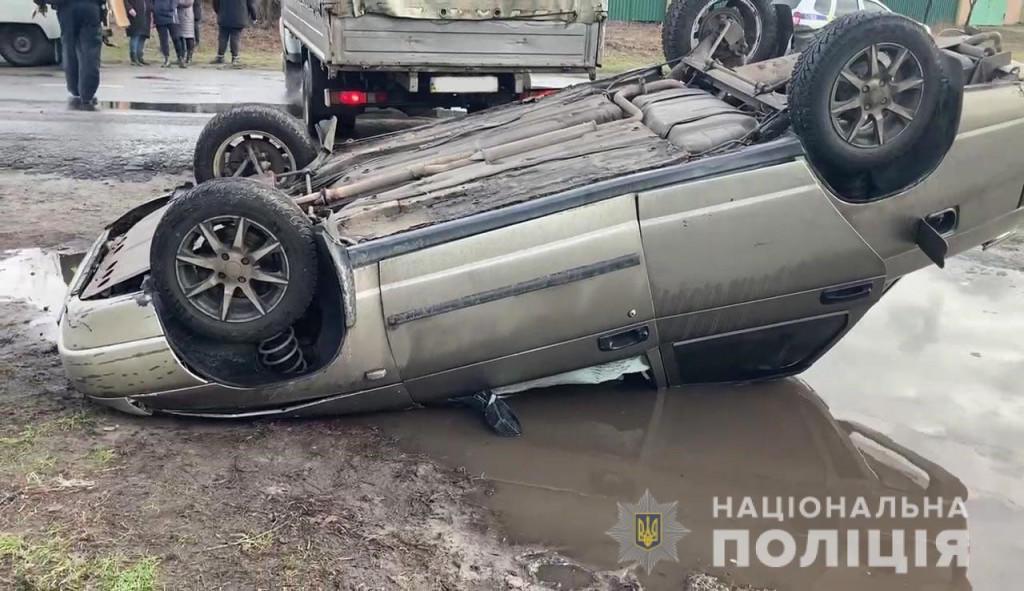 Чоловік з Харківщини викрав авто у Лимані та скоїв ДТП